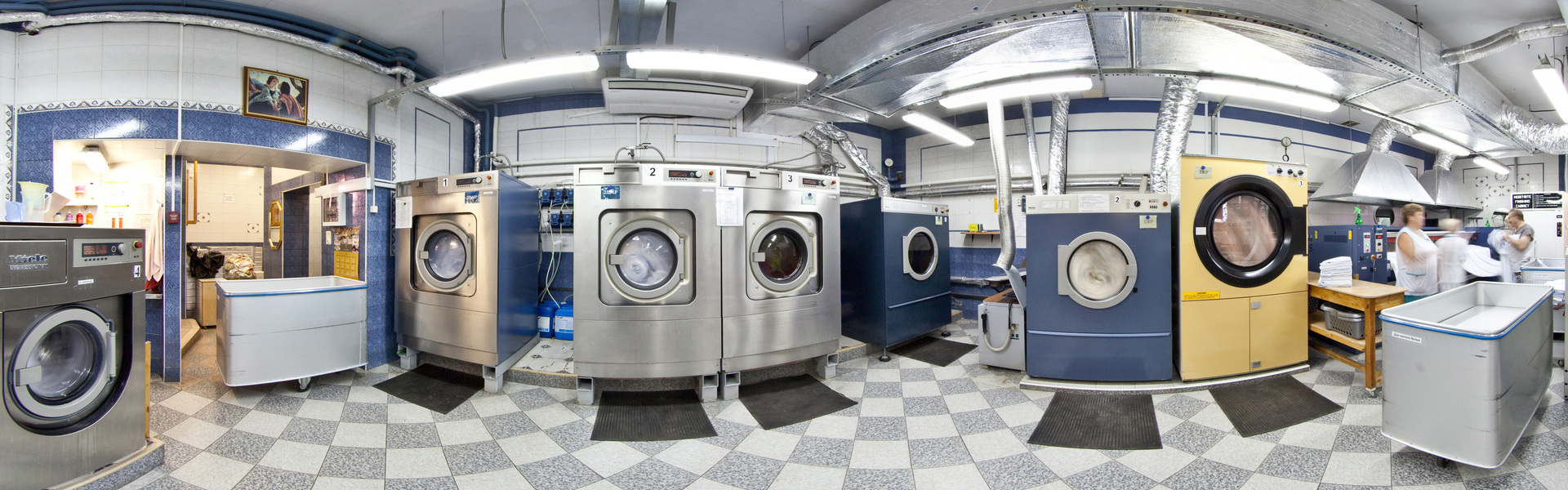 Large laundry panorama 1